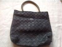 Mango ladies handbag with zipper used £3