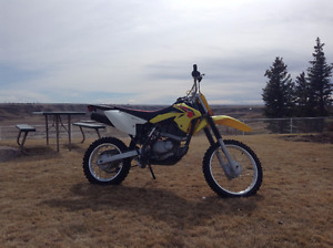amazing dirt bike runs great tons of fun