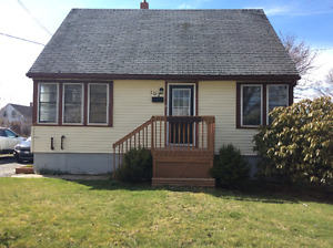 House For Sale in Yarmouth (Town)
