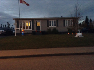 Home for sale on Guy street in Wabush