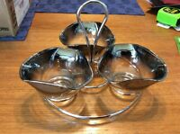 Silver fade condiment set with caddy