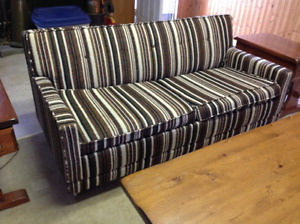Free - Pull-out Couch - near Lindsay