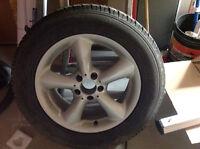 Mercedes pneus 17 pouces hivers usagées