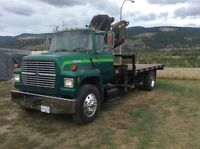 1997 Ford L8000 picker truck