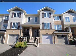 Superior Townhouse in Ancaster