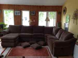 Lazy Boy Sectional Couch With Sitting Chaise