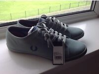 Fred Perry size 8
