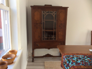 New price! Beautiful  solid hardwood china cabinet