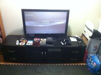 Complete entertainment setup will trade for MacBook