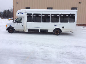 2006 Ford E450 Bus for sale