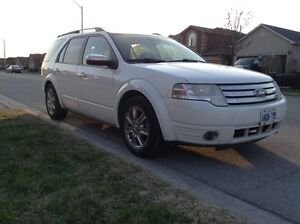 2008 Ford Taurus x DVD loaded leather 350k