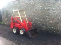 Diesel Skidsteer loader like bobcat. Runs and drives Digger tractor etc