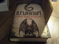 livre H.P Lovecraft,great tales of horror,couverture dure.