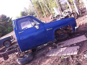 1980 chev cab 4x4 cab and with papers