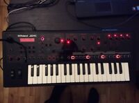 Roland JD-XI Synth Sequencer