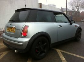 2004 MINI COOPER 1.6 SILVER BLACK ROOF TINTED WINDOWS BLACK ALLOYS LEATHERS