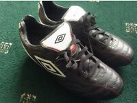 Size 7.5 umbro football boots