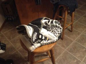 Vaughn glove and blocker