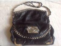 River island ladies a beautiful sholder bag black used £4