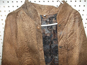 LEATHER GARMENTS - LADIES' JACKETS,SKIRTS,GREEN PANS