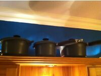 3 le creuset pots sizes 20, 18, 16