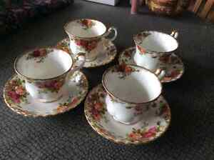 Royal Albert Old Country Roses Tea Cups