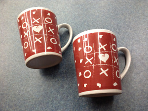 2 Matching Valentine Heart x and o Mugs