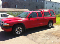 2004 Dodge Dakota +AIR -  2X4 MANUEL--PROPRE // 2495$  **