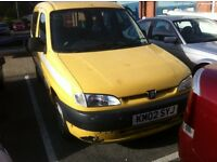 Peugeot partner 1.9 diesel wheelchair disabled access ramp ex taxi 2002