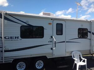 Beautiful Rv/Delivery/Setup Rental/Available