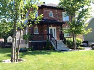 Marieville - Maison 2 étages (cottage) avec entrée indépendante