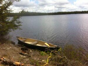 Very good condition canoe