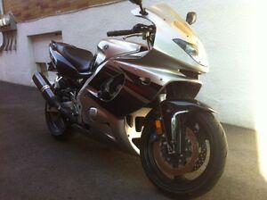 Yamaha yzf 6r 2005