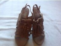 Flore ladies high heels sandals beige size: 7 used £5