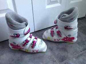 Girls downhill boots size 3.5