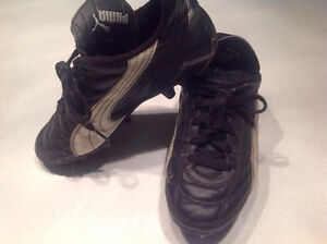 souliers soccer cleats
