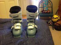 Girls Solomon Ski Boots