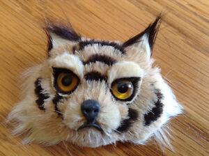 Épinglette face d un lynx en fourrure vintage