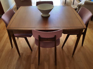 MID CENTURY TABLE & CHAIRS - ESTATE AUCTION - MONDAY NIGHT