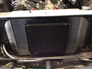 240z datsun aluminum radiator and fan