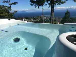 Fully Furnished Spectacular Ocean & Mountain view