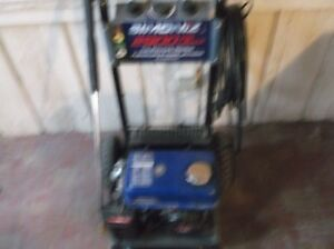 simoniz 2900 psi gas pressure washer excellent working condition