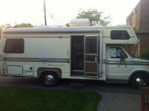 Motorisé Motorhome RV 1989 Ford Imperial Coach 25ft