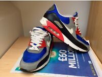 Nike Air Max 90 Size 9 Blue/Red/White