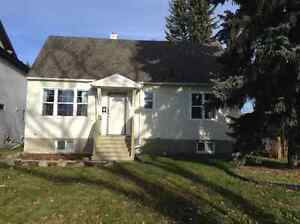 Room in 4 BR house very close to LRT and U of A GREAT LOCATION Edmonton Edmonton Area image 1