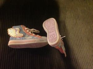 Girls size 12 Sketchers in Good Used Condition