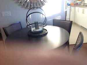 Modern New dark grey round table and 4 chairs