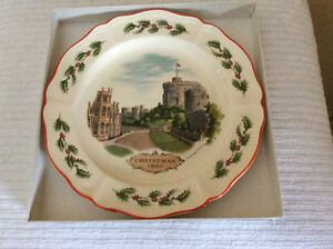 3 WEDGWOOD QUEEN'S WARE CHRISTMAS PLATES