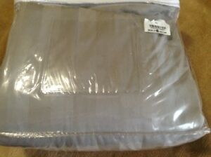Double Bedding- Duvet Cover Set- Almost New
