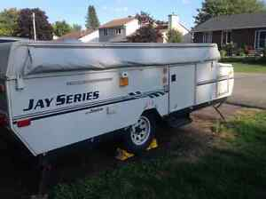 Jayco model 1006 tent trailer - good condition